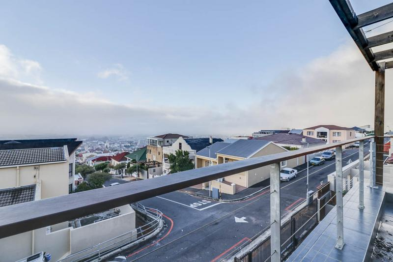 Property For Sale in Walmer Estate, Cape Town 14