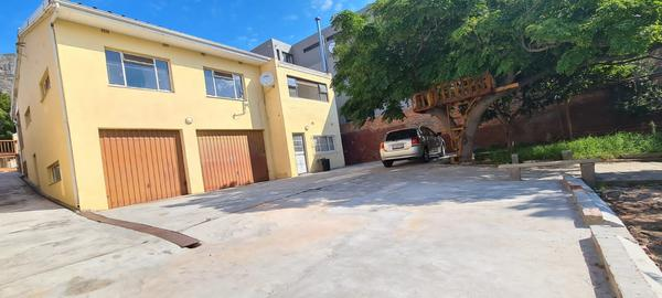 Property For Rent in University Estate, Cape Town